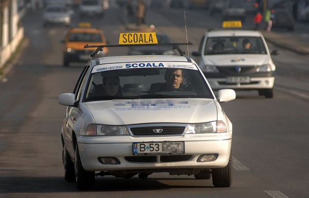 Cum reduci gradul de poluare prin condus defensiv