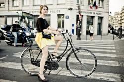"""Raluca Fiser, Green Revolution: """"Biciclistul urban va fi viitorul locuitor al Bucurestiului"""""""