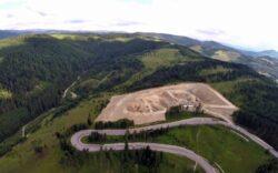 Cum arata groapa de gunoi din varful muntelui, cea mai mare aberatie realizata cu fonduri UE