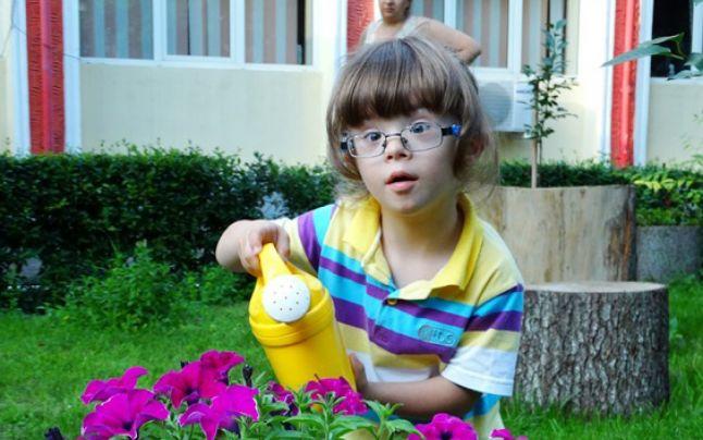 Copiii cu sindromul Down din Foc?ani, protectori ai naturii