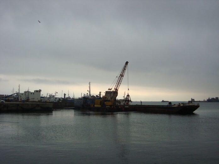 Poluare in portul Constan?a de la dou? nave scufundate in 1995