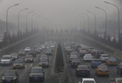 Abia peste 16 ani, rezidentii din Beijing ar putea respira aer curat