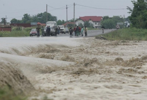 Ministerul Mediului va preveni inunda?iile cu ajutorul unui sistem IT de 77 milioane de euro