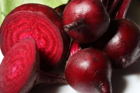 Sfecla rosie, leguma care trateaza cel putin 20 de boli