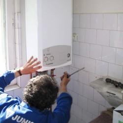 Romanii cu centrale termice de apartament urmeaza sa plateasca o taxa de poluare