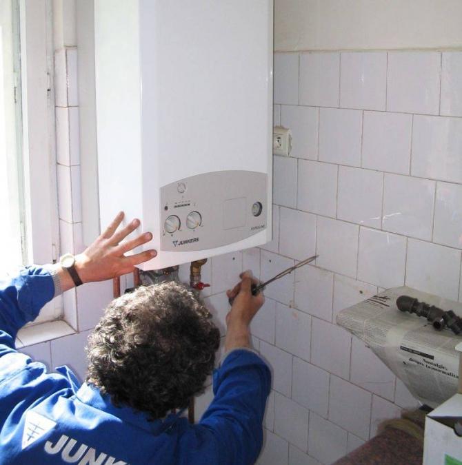 Românii cu centrale termice de apartament urmeaz? s? pl?teasc? o tax? de poluare