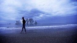 Un aventurier italian va trai singur pe un ghetar plutitor pana cand acesta se va topi