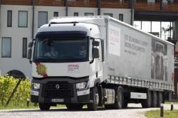 """Renault Trucks a desemnat cel mai eficient ECO-sofer al concursului """"Optifuel Challenge Romania 2014"""""""