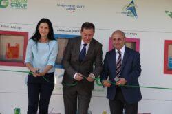 """A aparut in Sibiu prima """"statie inteligenta"""" de preluare a deseurilor: 5 bani PET-ul, 3 bani doza de aluminiu"""
