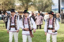 Festivalul riului Bic – locul, unde natura si dragostea se contopesc in folclor