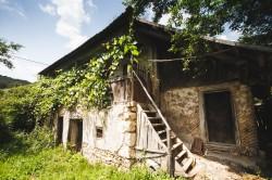 Geoparcul Platoul Mehedinti - Arhitectura traditionala si natura in imagini
