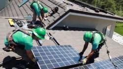 """Strategia """"solara"""" a miliardarului Elon Musk, model pentru investitii record"""