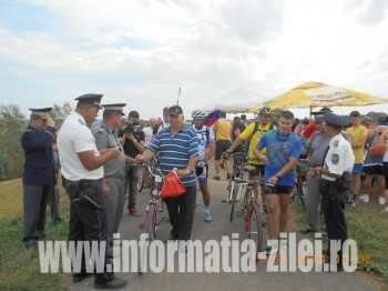 Cu caiacul ?i bicicleta în Ungaria