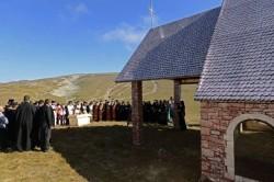 Petitie impotriva construirii unei biserici pe platoul Bucegi