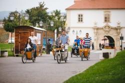 Saptamana Mobilitatii Europene, sarbatorita de tineri din Alba Iulia pe cargo-biciclete. Au pedalat pe strazile celeilalte capitale