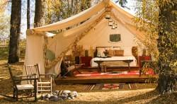 "Franta adopta ""moda glamping"", campingul ecologist, dar confortabil"