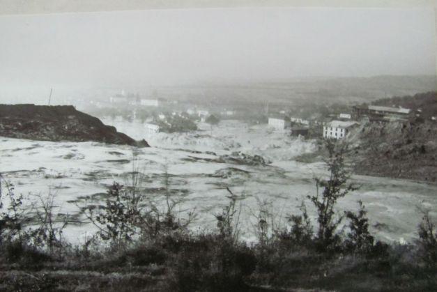 43 de ani de la tragedia ecologic? de la Certej: 89 de oameni au murit înghi?i?i de un potop de acid