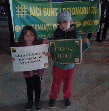 """Institutul """"Elie Wiesel"""" cere interventia statului impotriva """"legionarilor"""" care protesteaza contra exploatarii de la Rosia Montana"""