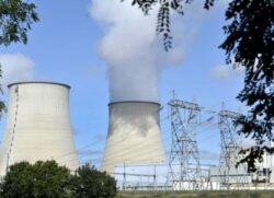 Arestari in scandalul dronelor de deasupra centralelor nucleare din Franta
