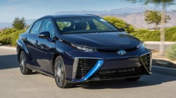 Toyota Mirai: primul model de serie cu pila de hidrogen de la creatorii Priusului