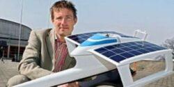 Un elvetian vrea sa ajunga in stratosfera cu un avion alimentat cu energie solara