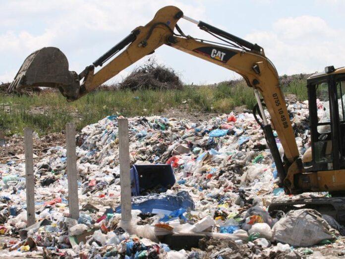 S-au deschis ofertele: cine vrea să închidă depozitul de deşeuri de la Pata Rât şi pentru ce sumă