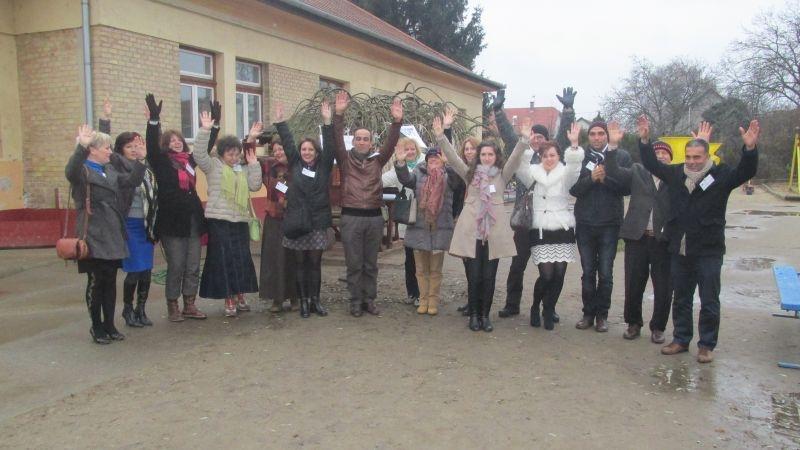 Două instituții de învățământ din Bistrița au înfiat un copac în Ungaria