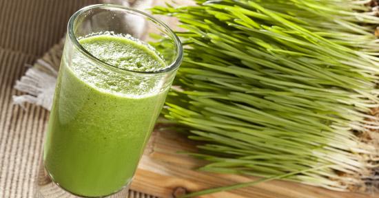 """""""Sângele verde"""", elixirul din iarba de grau care iti reface sanatatea"""