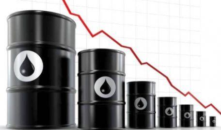 Petrolul a ajuns mai ieftin decât apa minerală!
