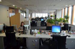 1.500 de pesti, 100 de tone de mobilier in noul sediu eco al Orange Romania