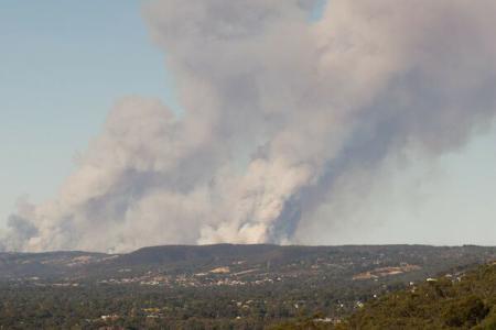 Regiunea Adelaide din sudul Australiei, cuprinsă de puternice incendii de vegetație