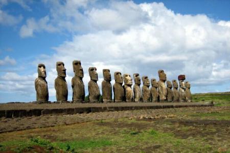 Schimbările climatice s-au aflat la originea misteriosului declin al populației din Insula Paștelui