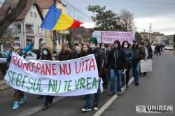 Protest de amploare la Sebes impotriva poluarii. Peste 1500 de persoane au marsaluit prin tot orasul