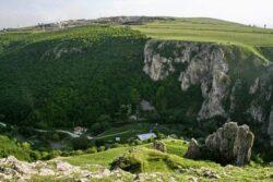 Peste un milion de lei bagati intr-un proiect de eficientizarea masurilor de conservare a mediului natural din Cheile Turzii si Cheile Turenilor