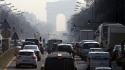 Limita de viteza, redusa in Paris pe fondul unui varf de poluare a aerului