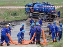 Poluare cu produse petroliere pe raul Cotmeana
