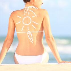 Puteti preveni cancerul de piele protejandu-va de soare in primii 20 de ani de viata