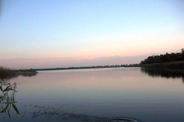 """Ce nu ştiai despre apa lacului Amara: """"ingredientul secret cu puteri tămăduitoare"""" descoperit de savantul Petru Poni"""
