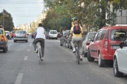 Biciclistii din Statu Mare solicita respect in trafic