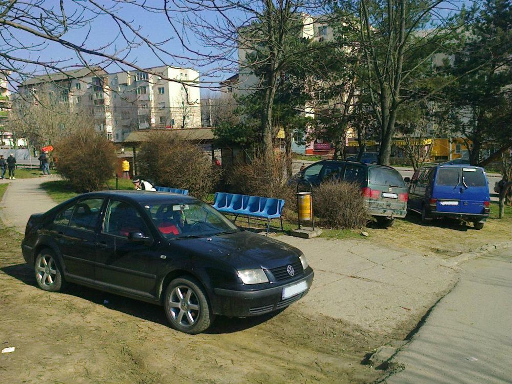 Cetăţeni de oroare ai Zalăului: Călare pe tot mai puţinele spaţii verzi din oraş