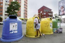 Romanii arunca la gunoi 50 de milioane de baterii